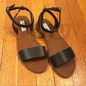 Black & Tan Steve Madden Sandals